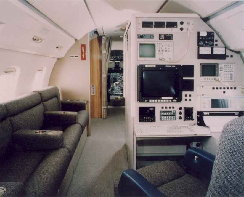 Challenger 601 AFIS Equipment Console